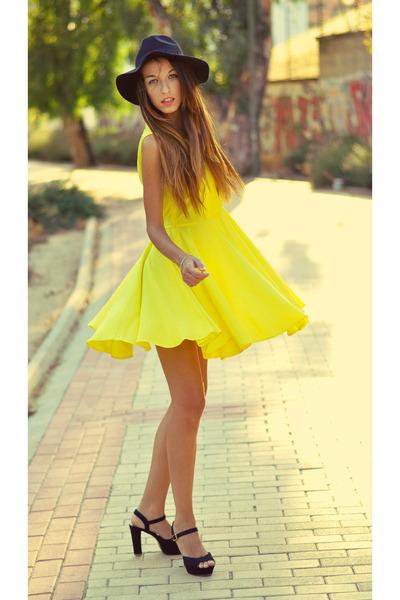 black Parfois hat - yellow choiescom dress - black Alex Silva sandals