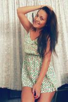 chartreuse H&M dress