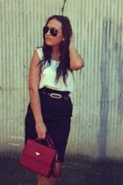 ruby red eb bag - black Stradivarius skirt