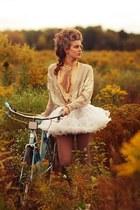 brown leggings - ivory ruffled skirt - camel cardigan - mustard top