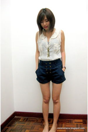 cotton on blouse - random from Bangkok shorts - random from Bangkok top - random