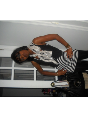 Betsey Johnson accessories - forever 21 shirt - Charlotte Rusee leggings - Chane