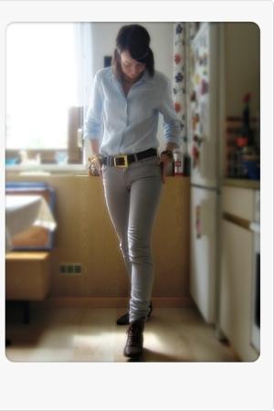 blue LaRedoute blouse - brown vintage belt - gray H&M jeans - brown vintage shoe