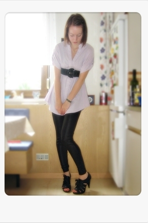 pink Zara blouse - black H&M belt - black H&M leggings - black Deichmann shoes
