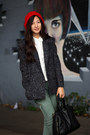Red-beret-hat-thrifted-jacket-army-green-cargo-asos-pants