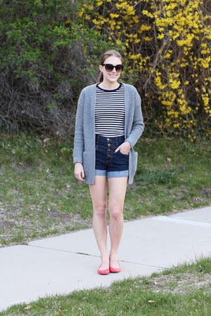 navy modcloth shorts - navy striped Gap t-shirt - heather gray modcloth cardigan