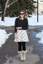 charcoal gray Chelsea28 sweater - ivory JCrew Factory sweater - Sorel boots