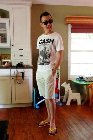 H&M shorts - H&M t-shirt - Express glasses - H&M sandals
