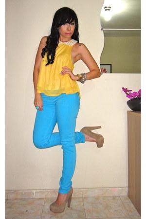 BDG jeans - Forever21 blouse - novus pumps