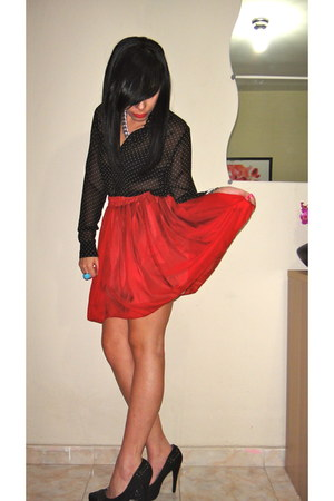 boutique pumps - Forever21 blouse - Ebay skirt - HRH Collection necklace