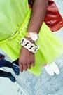 Yellow-neon-babydoll-dress-bubble-gum-cat-print-pretty-snake-leggings