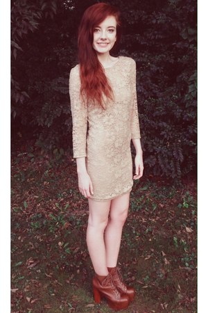 brown lita Jeffrey Campbell heels - tan lace body con Forever 21 dress