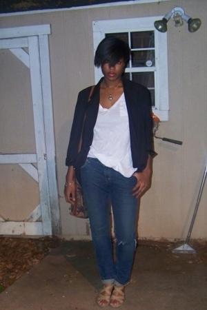 blazer - t-shirt - jeans - shoes