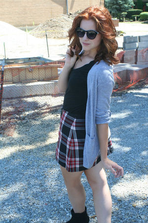 gray Old Navy cardigan - red skirt - black Target t-shirt