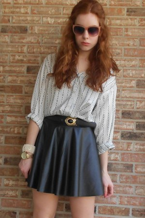 faux leather Forever 21 skirt
