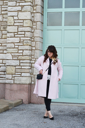 light pink robe coat Kimchi Blue coat - black diy distressed Old Navy jeans