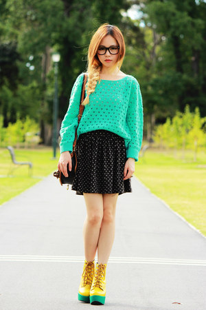 Mint No Brand sweater - yellow Tardy Platform boots