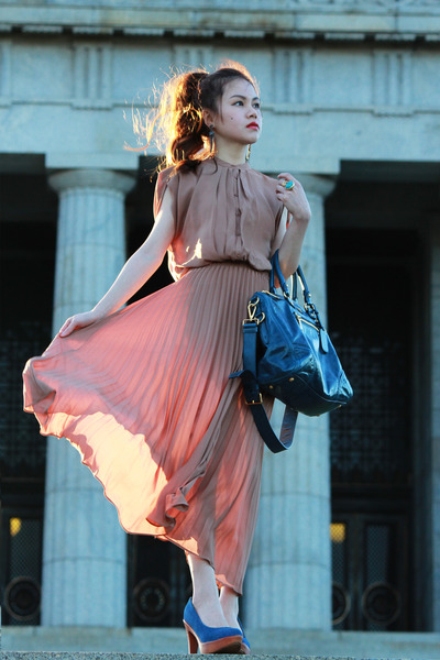 tan dress - teal Prada bag - turquoise blue YSL ring - gray ss11 Chanel earrings