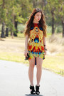 Yellow-velvet-fame-agenda-dress-black-skull-choies-bag