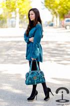 Love dress - Michael Kors bag - Menbur heels