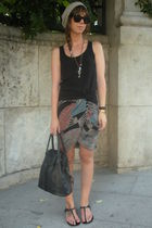 gray vintage skirt - black Zara t-shirt - black vintage from templo de susu acce