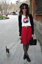 black hm shoes - black hm hat - white gsus shirt - black vintage purse - ruby re
