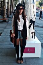 brown Zara shoes - brown vintage bag - blue Oysho shorts - beige vintage blouse