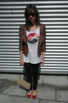 brown vintage jacket - white gsus t-shirt - black hm jeans - red hazel shoes - b