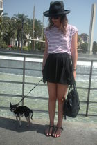 red Oysho shirt - black Zara skirt - black shoes - black Zara hat - black vintag