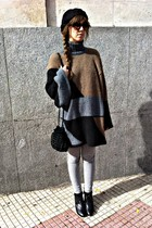 black Zara bag - black hm shoes - brown Zara sweater - gray Zara leggings