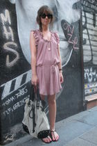 pink Oysho dress - black sandals shoes - black Ray Ban sunglasses