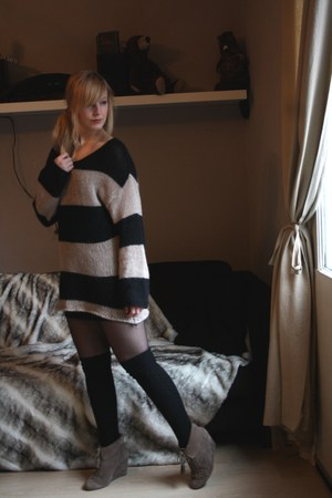 black Bershka sweater - black Action socks - beige Bershka wedges