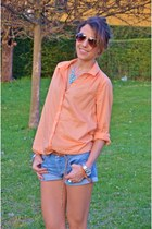 H&M top - Primark shoes - Zara shorts - Accessorize necklace - Ray Ban glasses