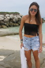 Levi-shorts-diy-top-urban-outfitters-glasses