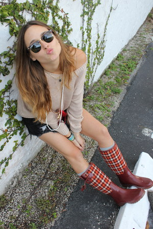 banana republic boots - Forever 21 sweater - WCP shorts shorts