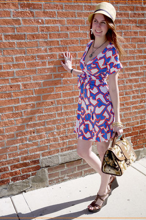 blue dvf dress - beige BDG hat - brown Saks Fifth bag - brown michael antonio we
