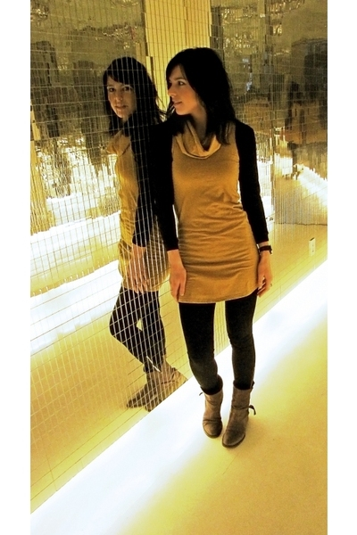 Dress on Yellow American Apparel Dresses Crowded Closet Funhouse By