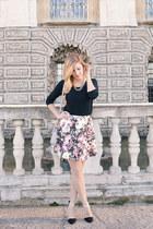 black floral asos skirt - silver asos bag - black suede Stradivarius heels