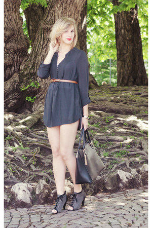 charcoal gray Zara boots - black Sisley bag - navy Gap blouse