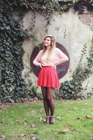 red skater Bershka skirt - light pink Bershka sweater - black H&M bag