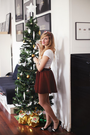 white Bershka t-shirt - crimson skater skirt Bershka skirt - black Zara heels