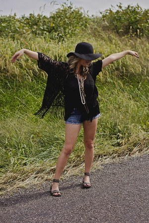 black kimono Ross cape - black Rue 21 hat - studded Rampage sandals
