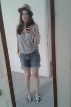 tan hat - blue cuffed denim DKNY shorts - navy Cole Haan sneakers
