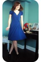 blue Vero Moda dress - black shoes - white necklace