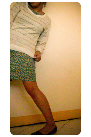 true love sweater - Vintage Love dress - forever love shoes