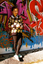 bart simpson Crazy Asian Store sweater - black Lulu Lemon leggings