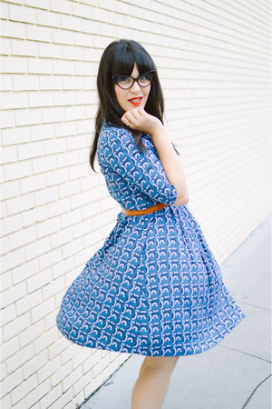 vintage dress Emily and Fin dress - Clarks heels