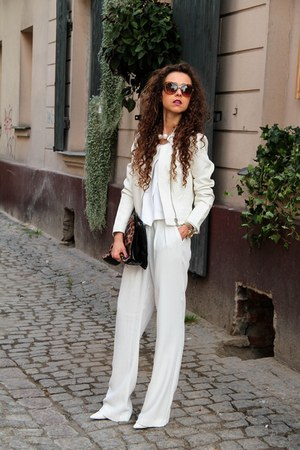 white Mango pants - white crop Zara top
