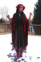 maroon scarf - pink dress