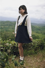 Ivory-vintage-blouse-navy-pinafore-vintage-skirt